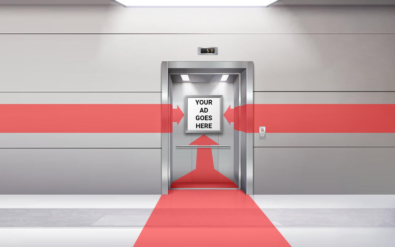 Imagine cu 3 sageti aratand catre un afis dintr-un lift